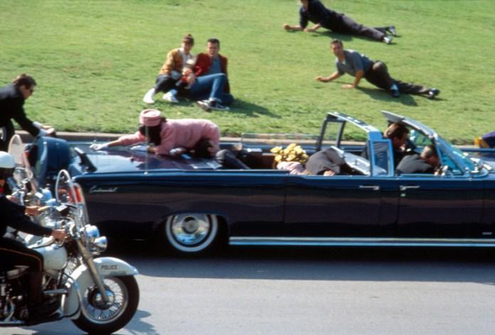 JFK.  1991. Dirigida por Oliver Stone |  MoMA