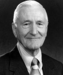 Alumni Wall of Fame / George Wackenhut