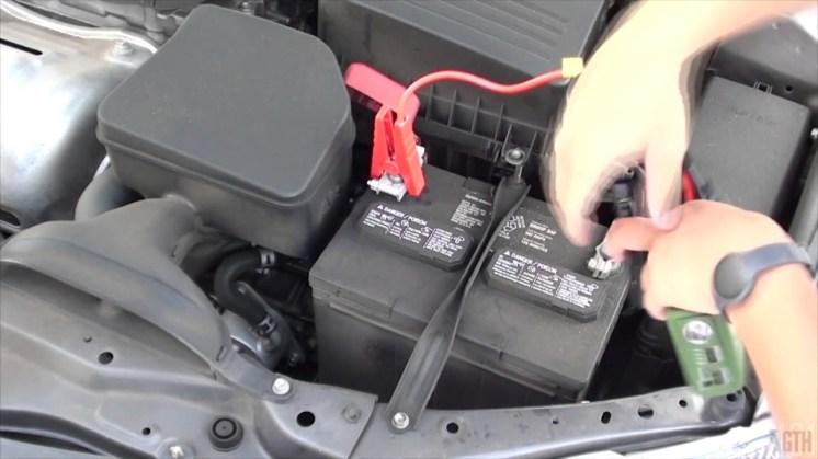 arrancador-portatil-bateria-sbase-12v-cargador-600a-t211-10