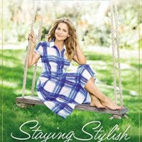 Review: Staying Stylish by Candace Cameron Bure