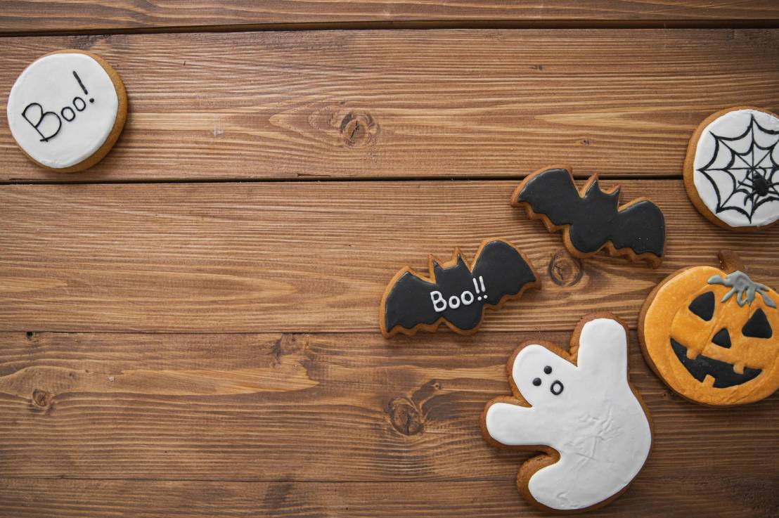 Tips to safely celebrate Halloween this year!