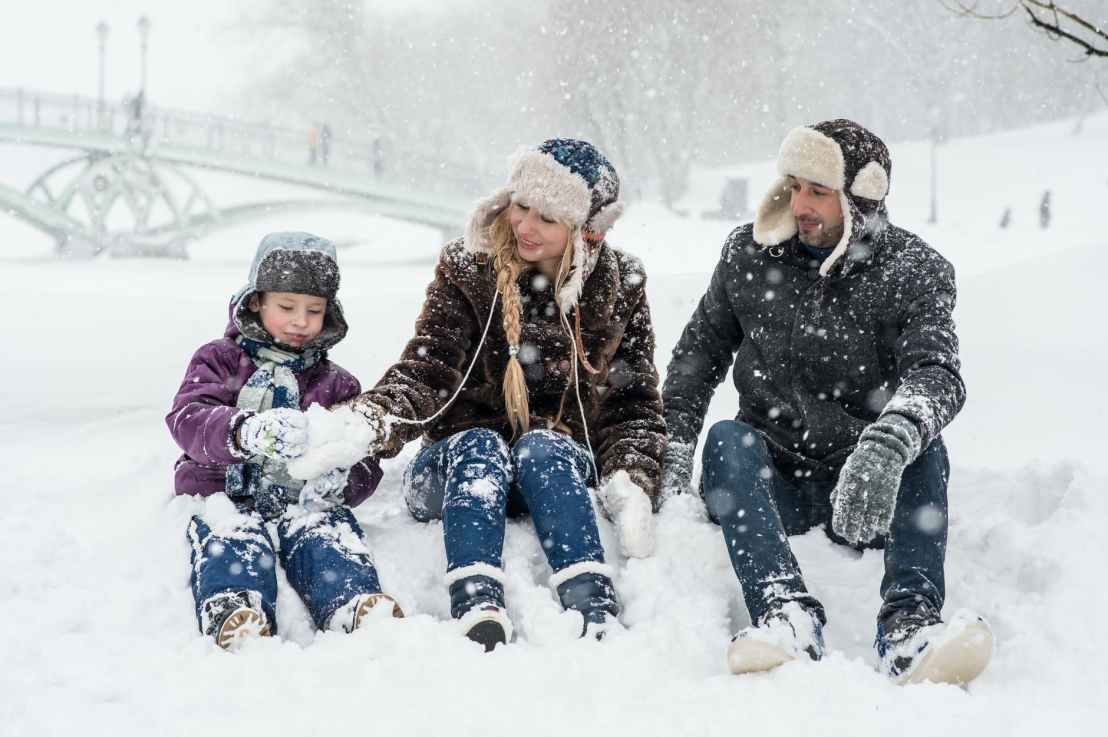 Tips for parents on safely enjoying winter activities