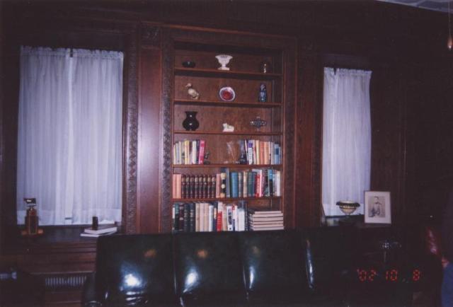 Moffat Estate Library
