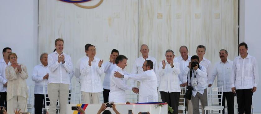 Acuerdos por la paz – Por Oscar Hernández Bernalette