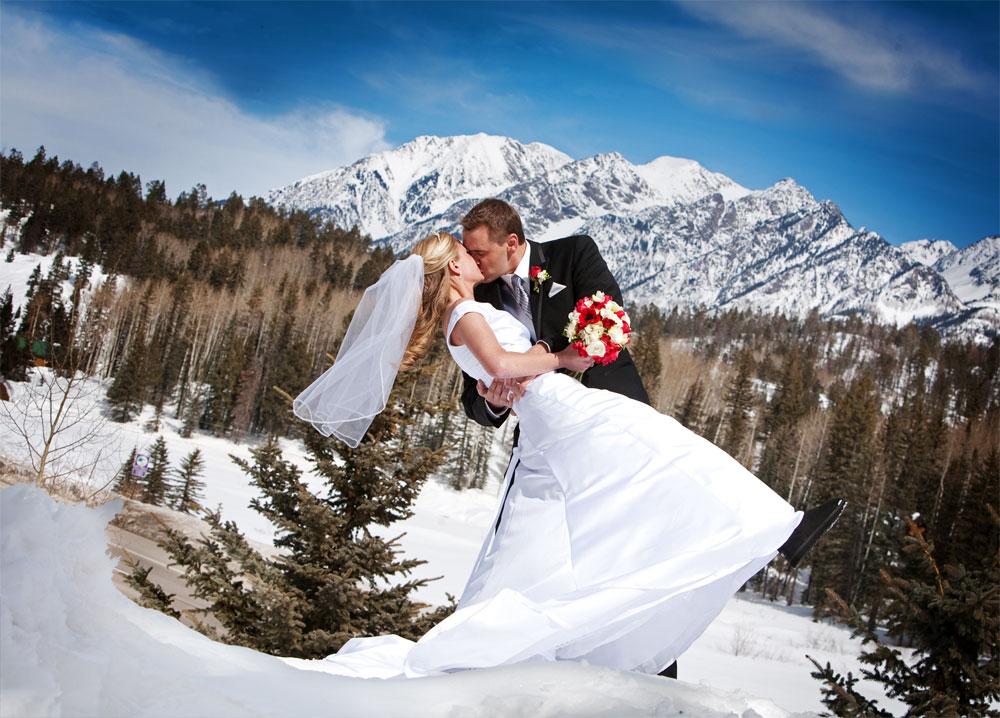 Winter Wedding In Southwest Colorado Colorado Weddings Magazine Luxe Mountain Weddings Magazine