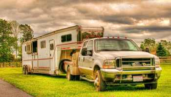 A-clean-truck-and-trailer