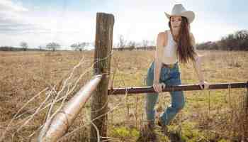 Jenna paulette country in the girl cowgirl magazine