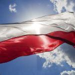 Rozdadzą 10 tysięcy biało-czerwonych flag