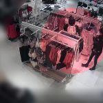 Okradały klientów w sklepach. Zobacz nagranie!