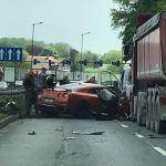 Groźny wypadek na ul. Opolskiej. Droga w stronę Nowej Huty jest zablokowana