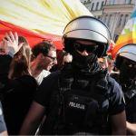 850 policjantów zabezpieczało sobotnie zgromadzenia