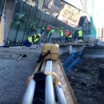 Montują antysmogowy chodnik przy ul. Pawiej