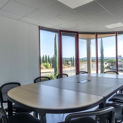 La salle de réunion Gorges de l'Hérault, d'une capacité de 10 places.