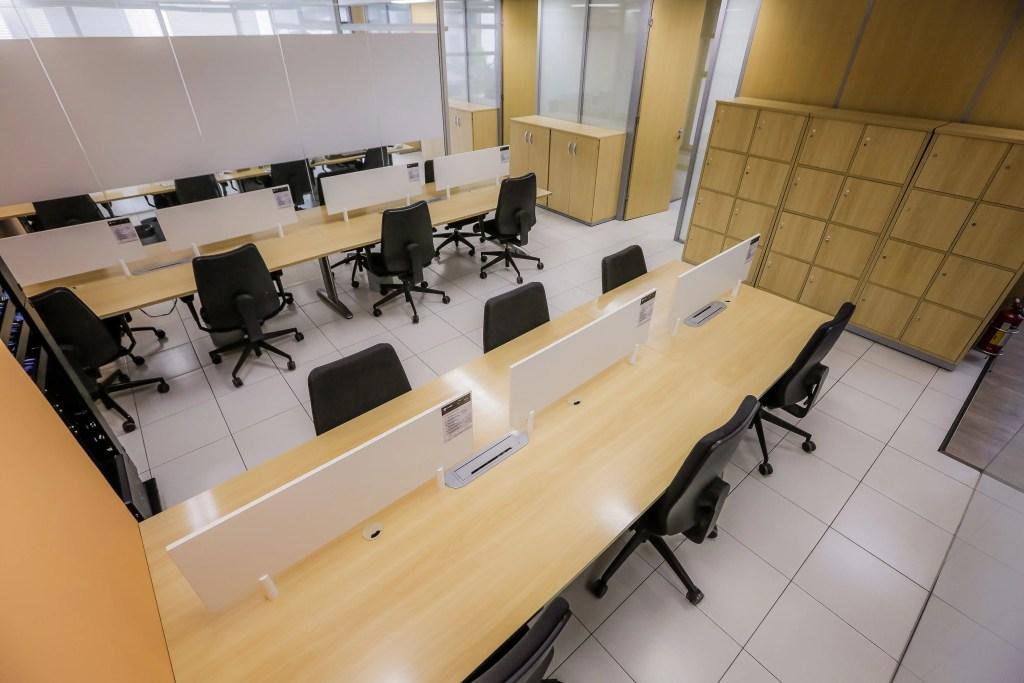 Coworking Offices - Estações de Trabalho