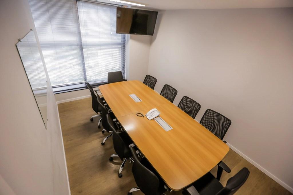Coworking Offices - Sala de Reunião
