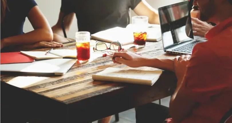 Cortar gastos: Escritório próprio x Ambientes coworking
