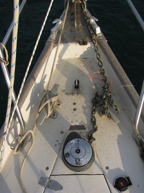 Foredeck windlass