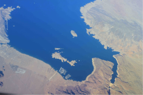 The plug called Hoover Dam has created an impressive body of water from the air, even after 16 years of reduced flows. September 2016/Allen Best