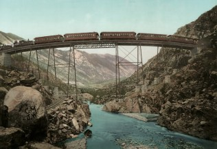 The Georgetown Loop in Clear Creek Canyon, Colorado, by William Henry Jackson. Photo via Colletors Weekly.
