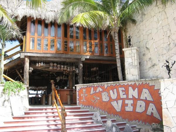 Los 5 mejores bares de playa del mundo  Coyotitos