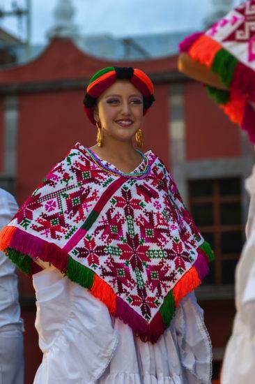 Los trajes tipicos de los Huastecos de San Luis Potos