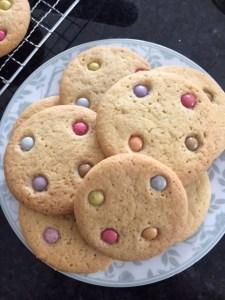 smarties cookies, smarties, cookies, easy to bake cookies, baking with kids,