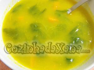 Sopa de nabiça com cenoura
