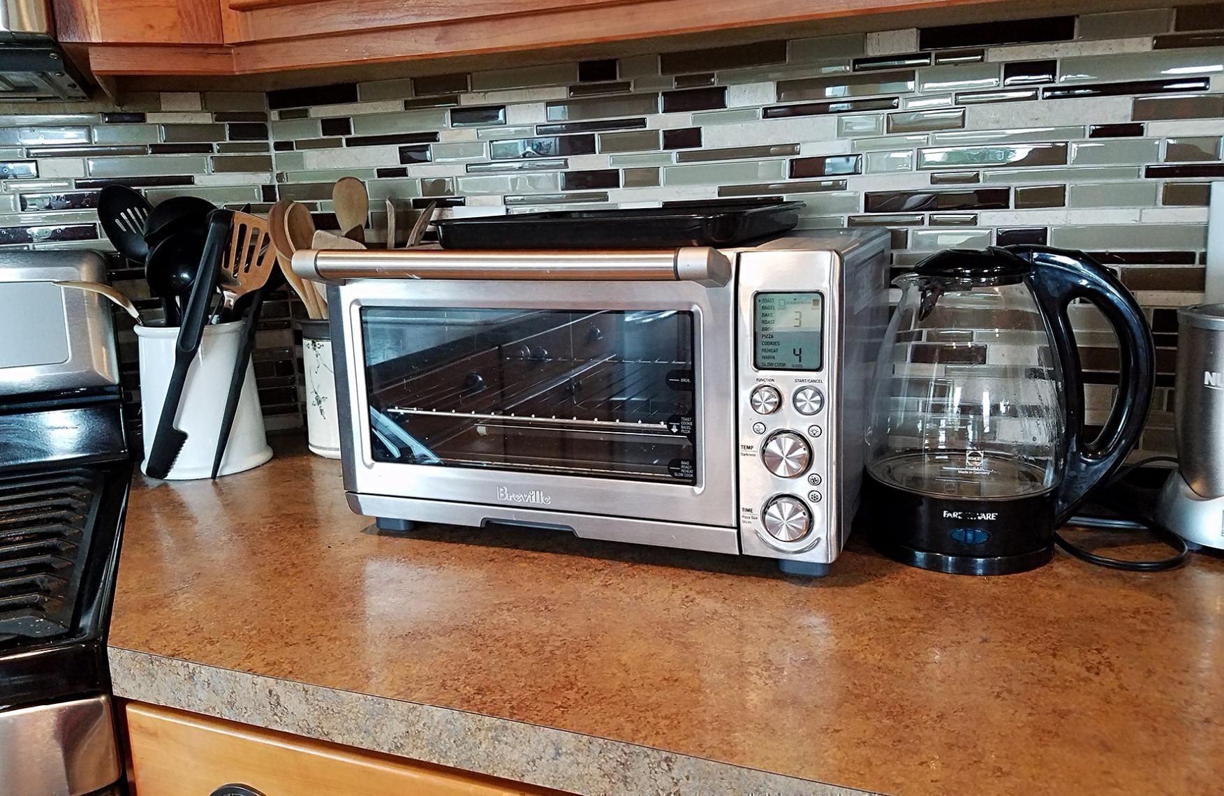 Review Breville Smart Oven Pro With Element Iq Cozy