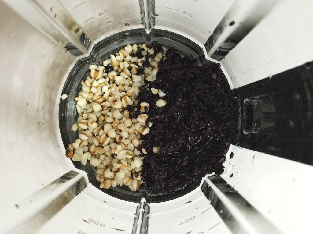 黑米薏仁糊#蘇泊爾極養破壁料理機#的做法_【圖解】黑米薏仁糊#蘇泊爾極養破壁料理機#怎么做如何做好吃 ...