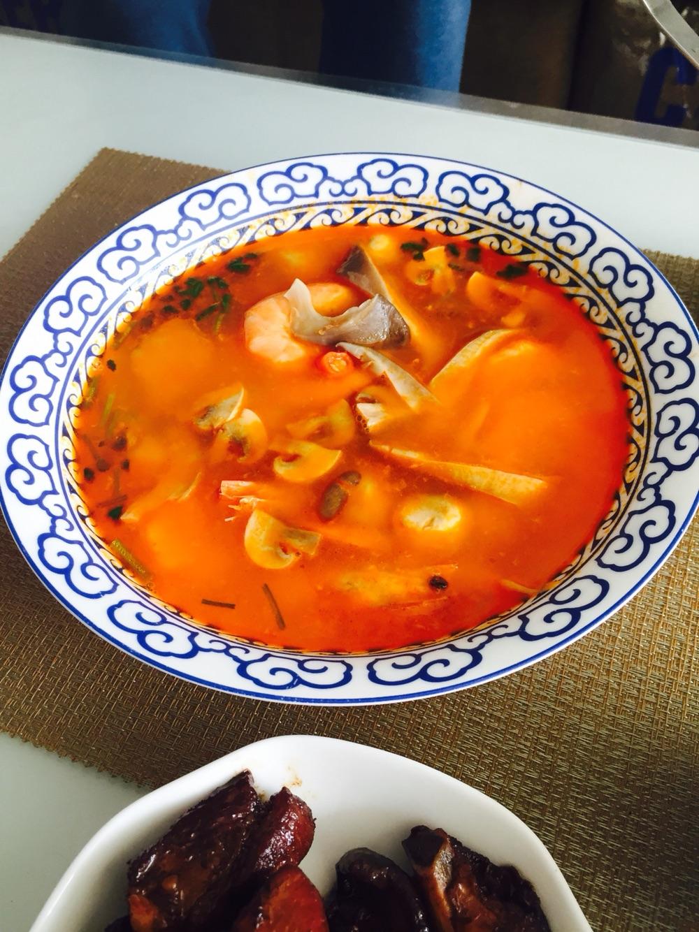 冬陰功湯 湯料版怎么做_冬陰功湯 湯料版的做法_豆果美食