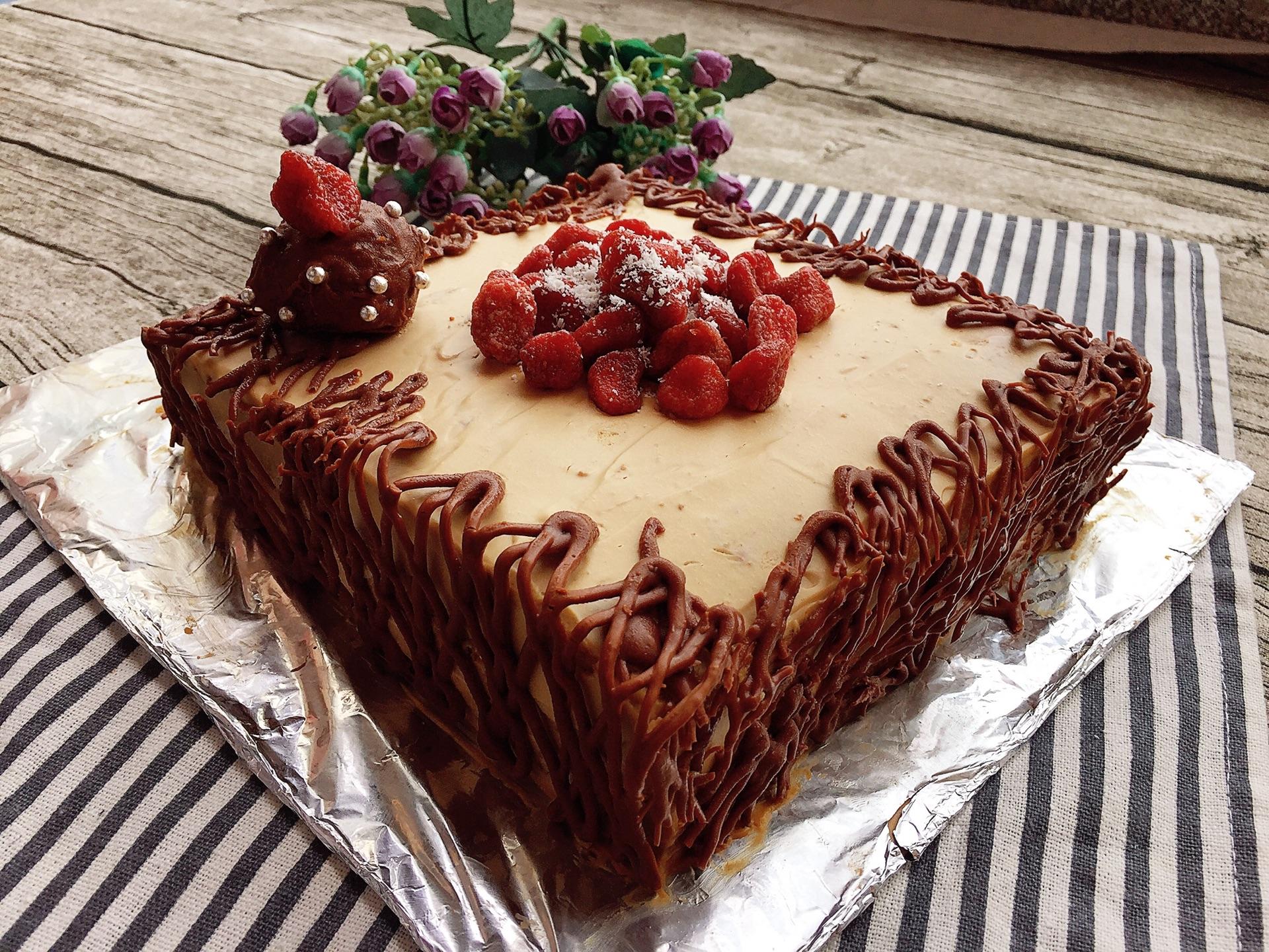 草莓巧克力蛋糕的做法_【圖解】草莓巧克力蛋糕怎么做如何做好吃_草莓巧克力蛋糕家常做法大全_瑗瑗baby_豆果 ...