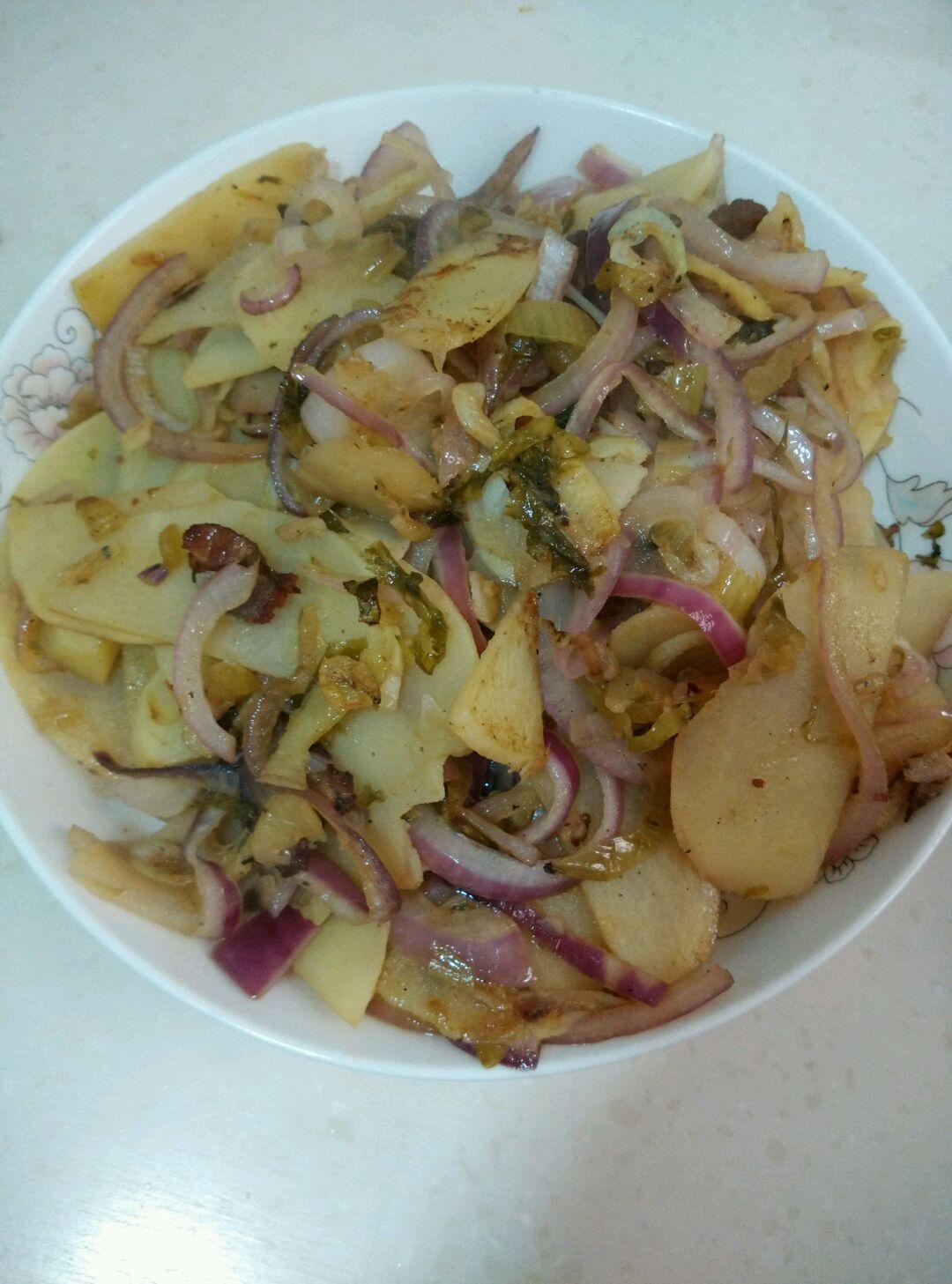 洋蔥炒土豆片的做法_【圖解】洋蔥炒土豆片怎么做如何做好吃_洋蔥炒土豆片家常做法大全_小叉是壞蛋_豆果美食