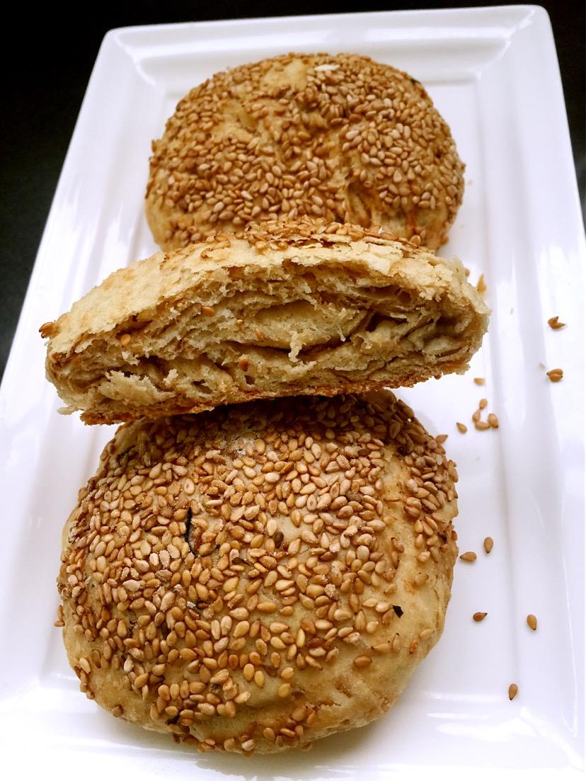 麻醬燒餅的做法_【圖解】麻醬燒餅怎么做如何做好吃_麻醬燒餅家常做法大全_蕊兒相逢2003_豆果美食
