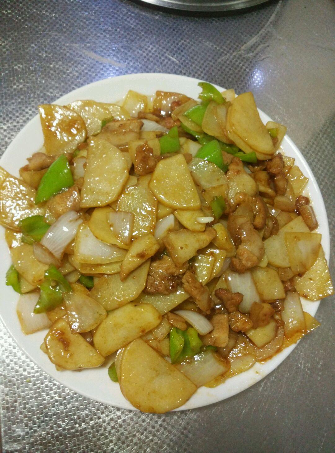 干鍋土豆片的做法_【圖解】干鍋土豆片怎么做如何做好吃_干鍋土豆片家常做法大全_夢鄉小憶_豆果美食