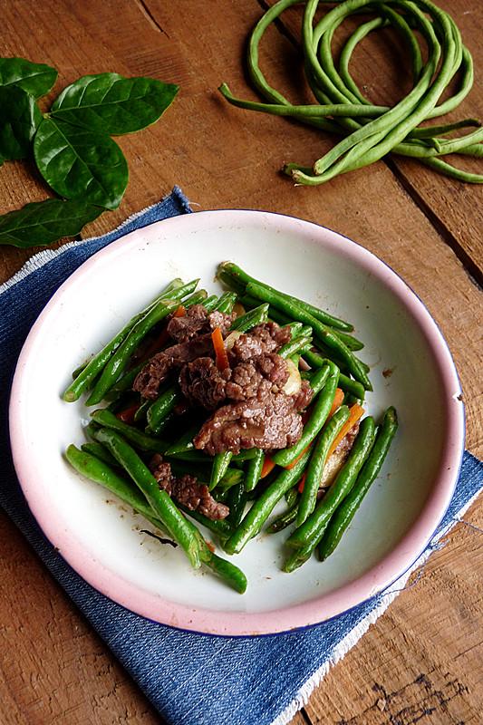 牛肉炒豆角的做法_【圖解】牛肉炒豆角怎么做如何做好吃_牛肉炒豆角家常做法大全_火鍍紅葉_豆果美食
