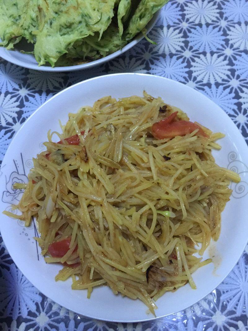 土豆絲的做法_【圖解】土豆絲怎么做如何做好吃_土豆絲家常做法大全_淺摯半離兮_豆果美食