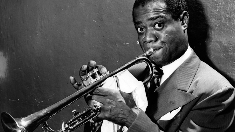 Louis Armstrong  Trumpet Player Singer  Biographycom