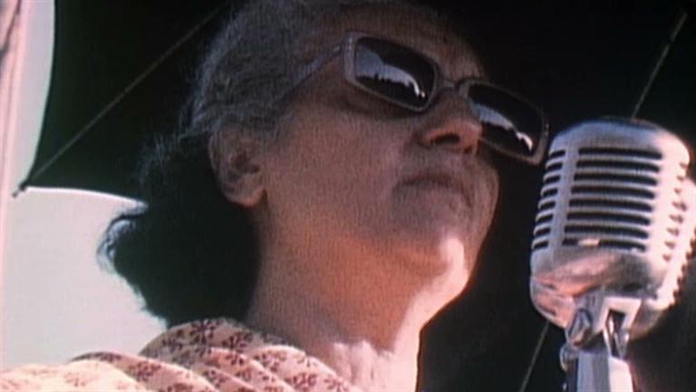 Indira Gandhi - Decline of a Free India