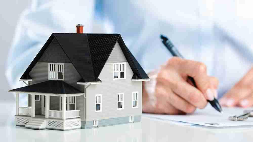Profissional foi condenada por advogar em imobiliária
