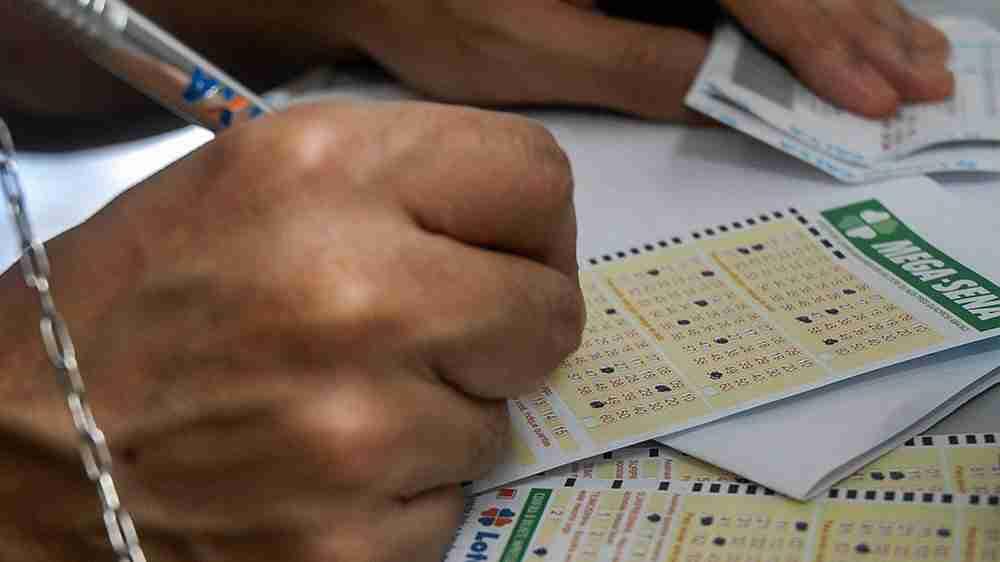 Funcionária da lotérica que não fez jogo ganhador foi condenada