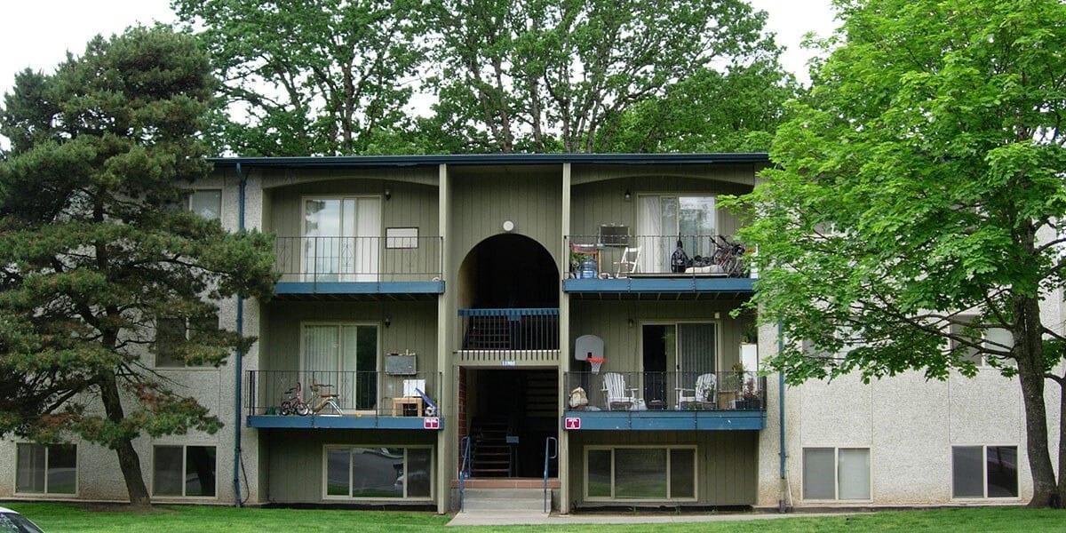 Greenburg Oaks Apartments