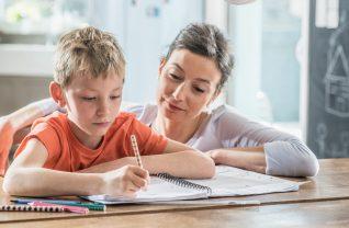 Contrôle parental sur manuels scolaires