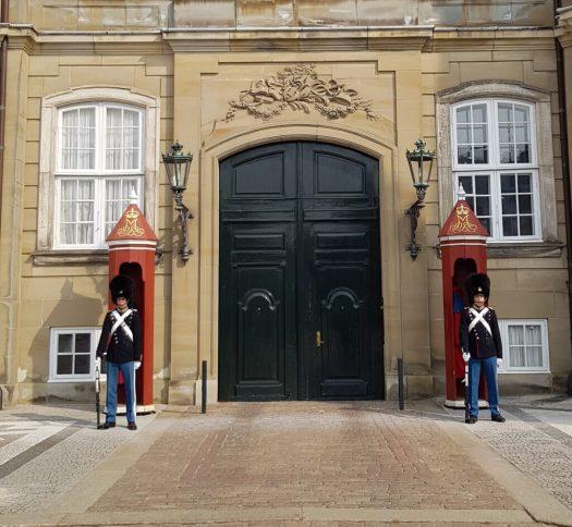 Amalienborg_Royal Palace_guards