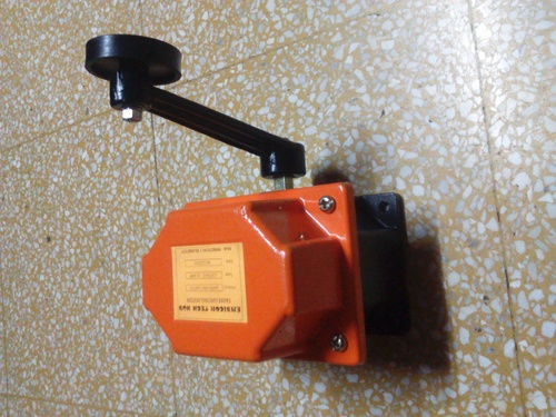 Lever Type Limit Switch Manufacturer.Supplier.Exporter