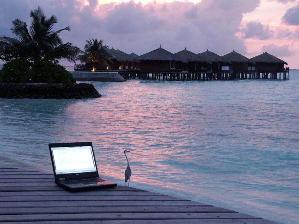 laptop e mare