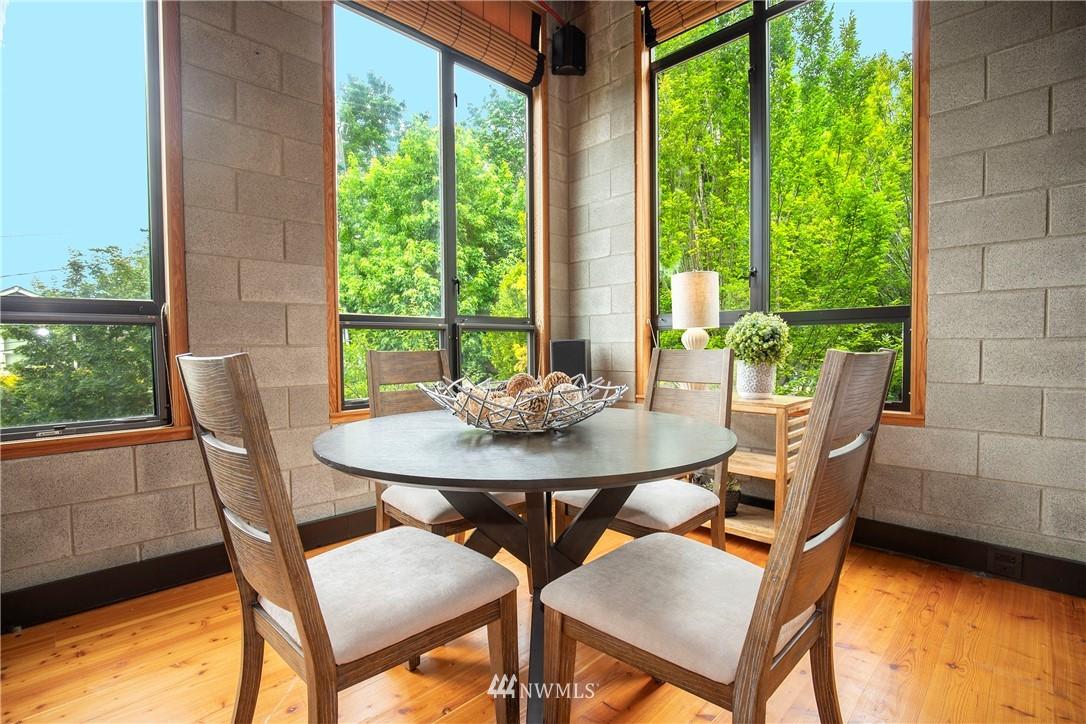 3810 Evanston Avenue, Seattle, Washington 98103, 2 Bedrooms Bedrooms, ,1 BathroomBathrooms,Residential,For Sale,Evanston,NWM1797887