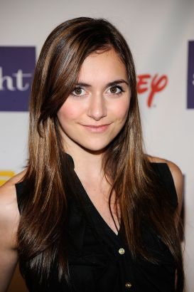 Hd Tough Girls Wallpaper Alyson Stoner Biography Movie Highlights And Photos