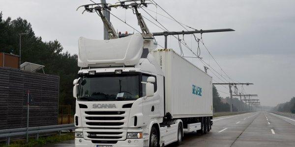 Camión eléctrico Scania conectado a la red en Alemania