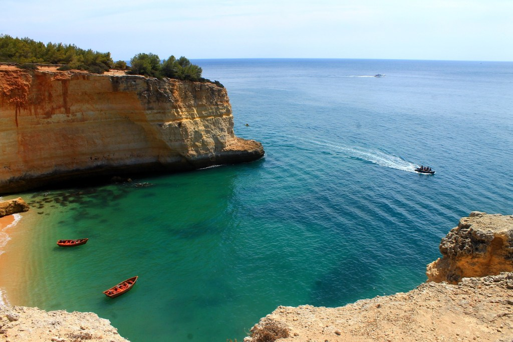 4 Reasons To Visit The Algarve