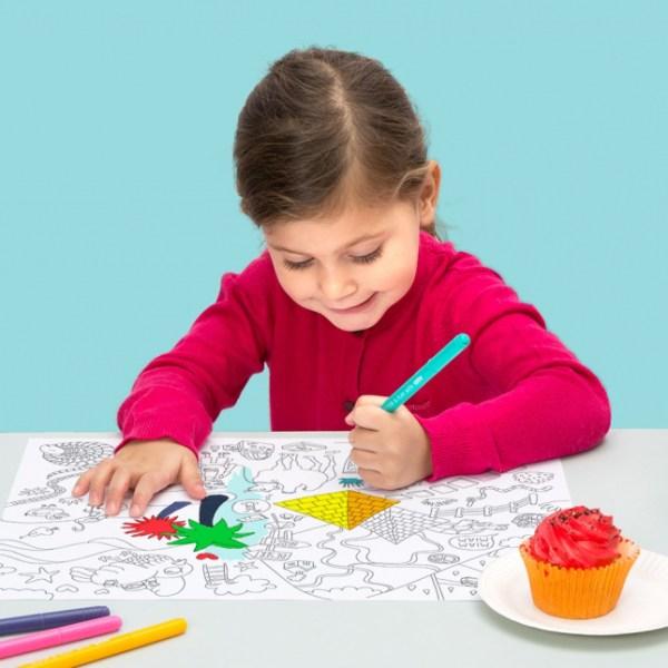 Set de table à colorier Fantastic